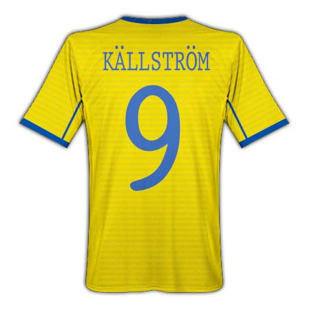 2010-11 Sweden Umbro Home Shirt (Kallstrom 9)