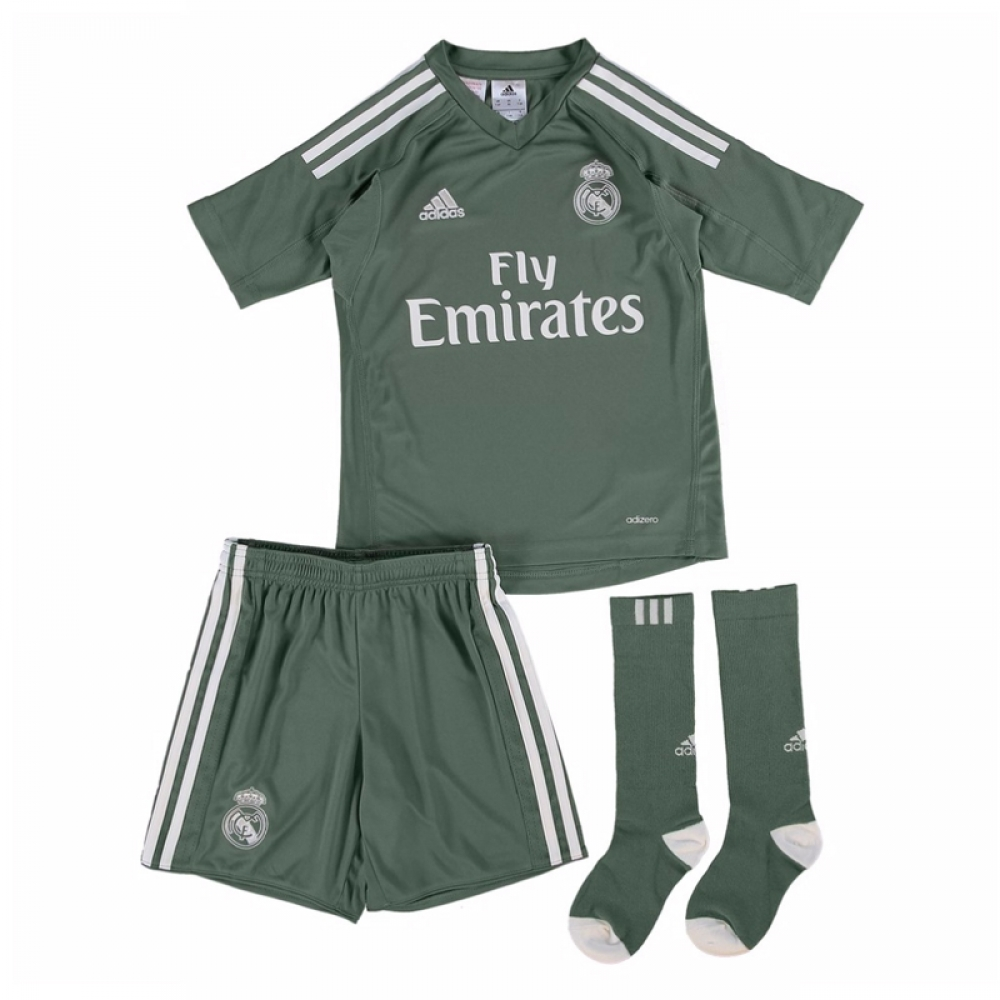 new arrivals d53ae 2b657 2017-2018 Real Madrid Adidas Home Goalkeeper Mini Kit