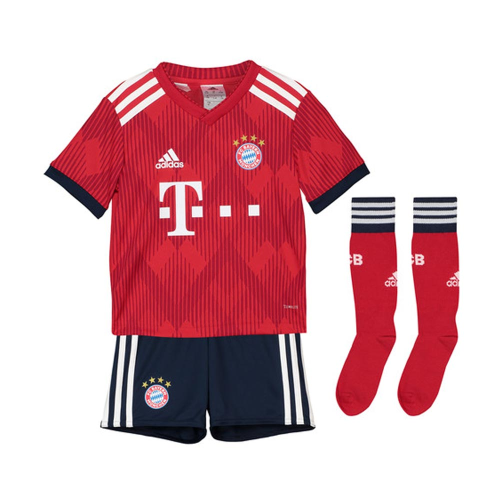 release date 674bb d46d2 2018-2019 Bayern Munich Adidas Home Little Boys Mini Kit