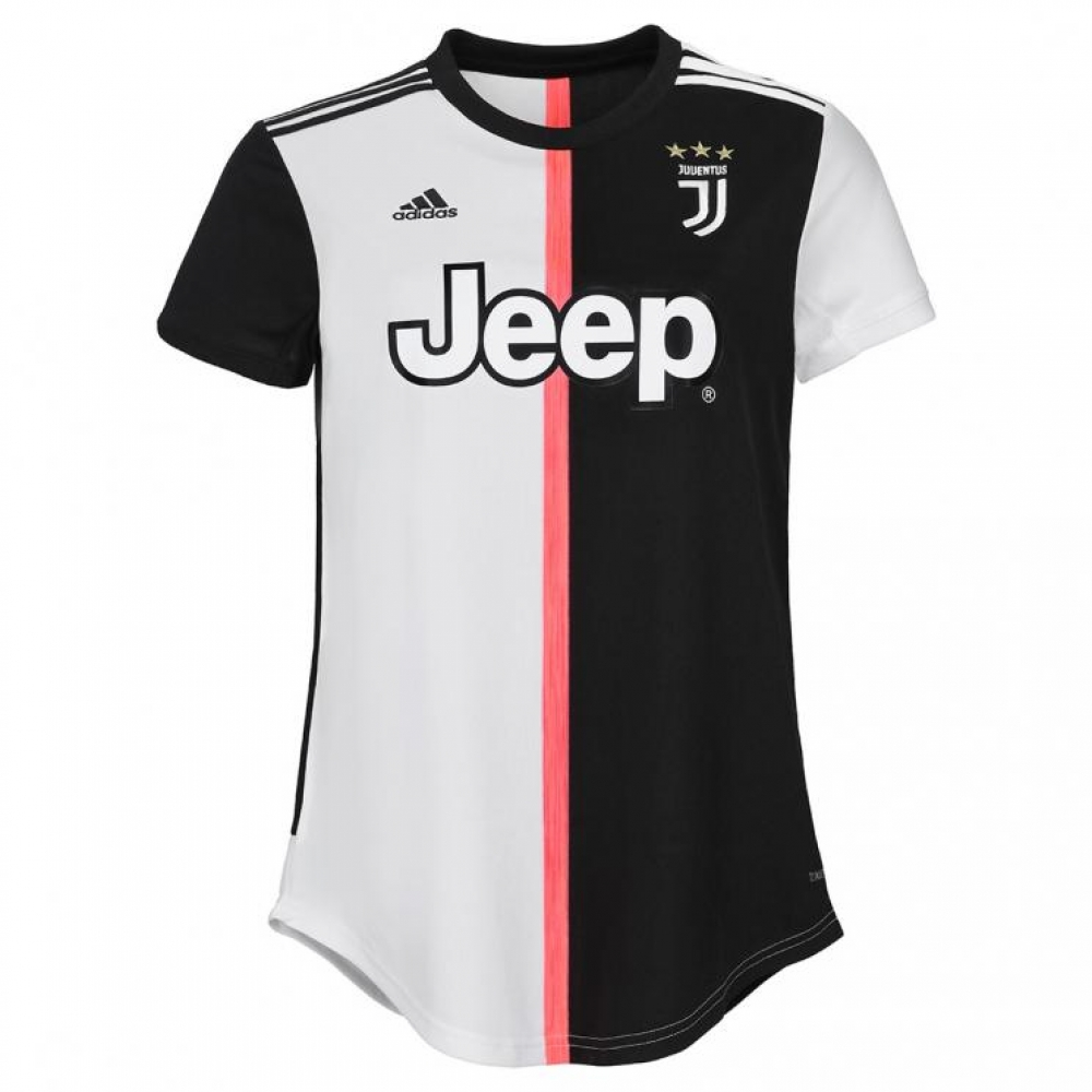 5dd8f2962 Juventus Football Kits